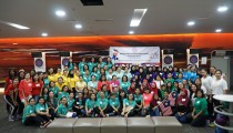 ASEAN Ladies' Circle (ALC) President and ALC Philippines Patron Mdm. Maria Victoria H. Jose (center, 3rd row from the bottom, in teal), is joined by the nine ALC Patrons (3rd row from the bottom) and 104 members of ALC Kuala Lumpur for the ALC Bowling Tournament at Berjaya Times, Kuala Lumpur on 29 August 2018.